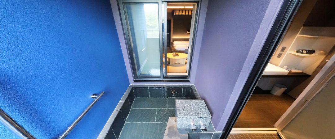 湿原側露天風呂付和洋室